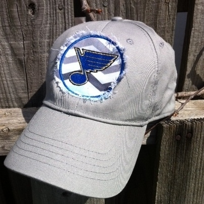 St. Louis Blues Raggy Applique Baseball Cap Hat